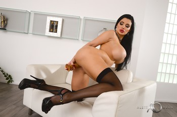 Aletta Ocean - Goddess Aletta at home 11/14/19