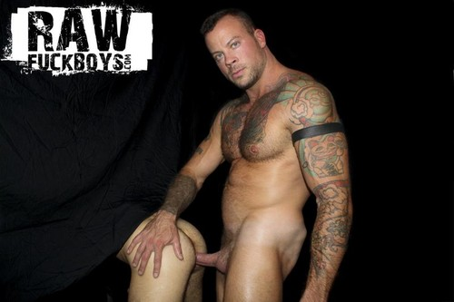 Sean Duran & Riley Ross Chapter 3 (Bareback)