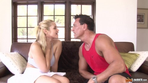 Sarah Vandella Goes Balls To The Wall [FullHD]