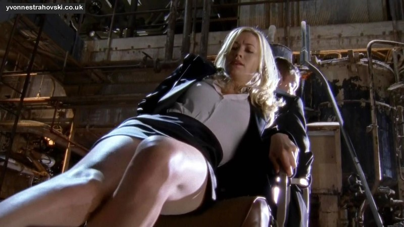 chuck tv upskirt