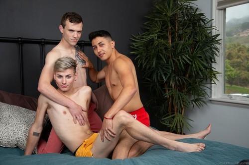 Learning to Play Together: Scott Finn, Tyler Lakes, Cyrus Stark (Bareback)