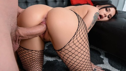 "Stella Raee in ""Stretch And Tease"" [SD]"