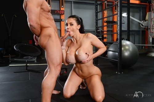 Hot Gym Session [FullHD]