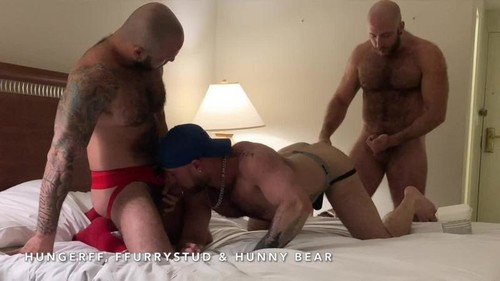 FFurryStud - Three Way Bareback Fuck Fest With HungerFF & Hunny Bear