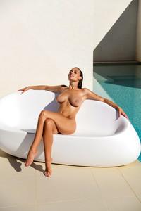 Nude yeliz koc Yeliz Koc: