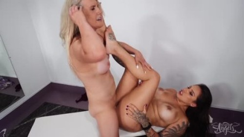 Kayleigh Coxx - Time For A Change - Trans, Shemale Porn Video
