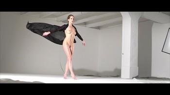 Naked Glamour Model Sensation  Nude Video - Page 6 Mkkeodxlhu6i