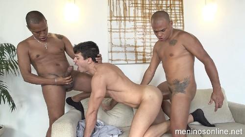 MeninosOnline - Hugo, Victor & Jonathan Bareback