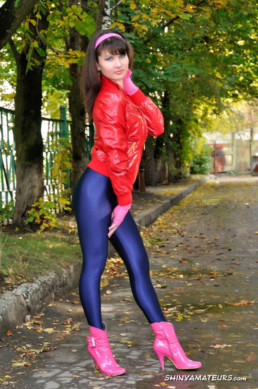 college bitch Oxana M in kinky outfit