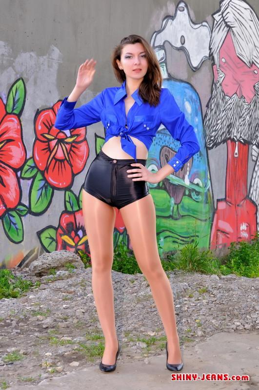 gorgeous slavic girl Mirta in kinky shorts