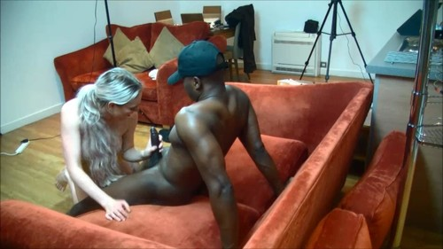 Blackandhungx – Cctv Camera Captures Blonde Receptionist – M@nyv1dz