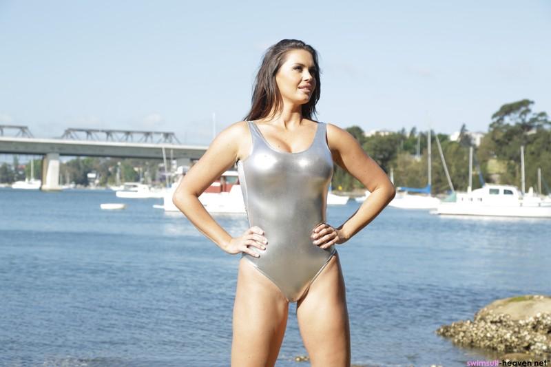 curvy babe Marissa in sexy silver leotard