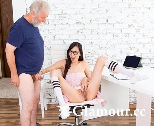 Grey-Haired Tutor Gets His Portion Of Doggy Sex [SD]
