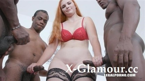Kitty Blond Fucking With 3 Black Guys For The First Time Iv504 [HD]