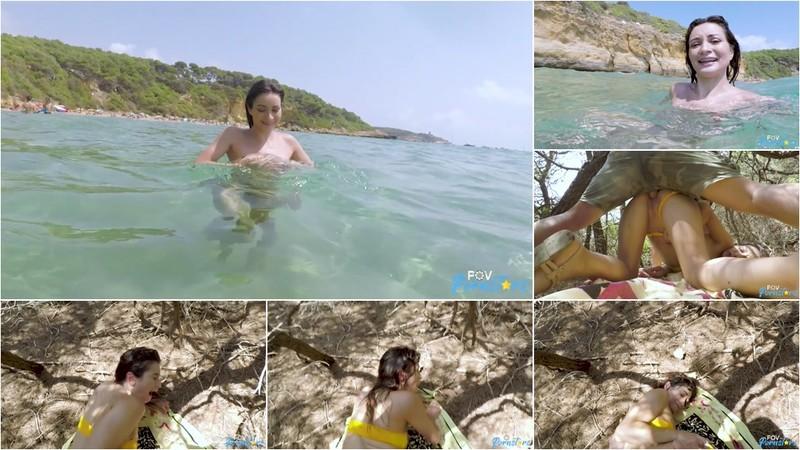 Valentina Bianco Sex On The Beach [FullHD 1080P]