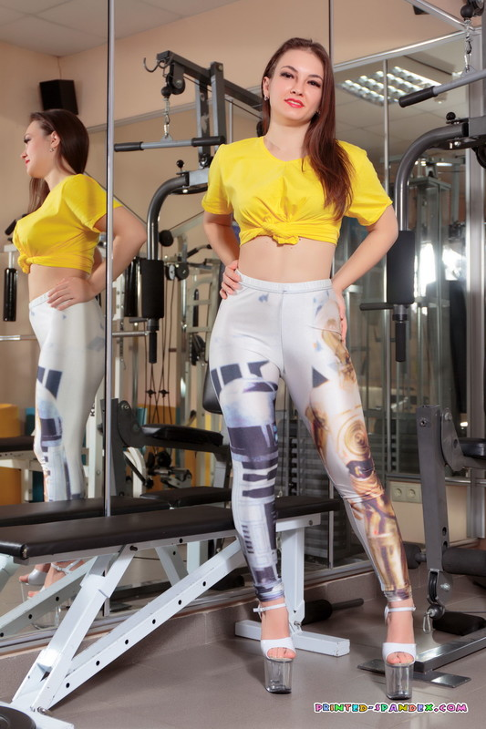 athlete girl Nika in sexy yogapants & high heels