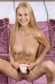 Erika - Naked pleasure (x94)