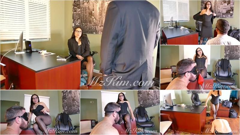 Boss Kim Blackmails Employee [HD 720P]