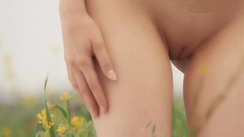 Naked Glamour Model Sensation  Nude Video - Page 7 H5a4o9gd8mf5