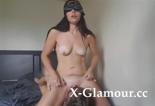 It Always Makes Me Horny When It Is Totally Shaved [HD]