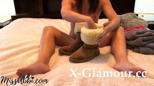 Cum Eating Instructions, Fuzzy Sweater And Uggs Cei And Joi - Miss Abbi [FullHD]