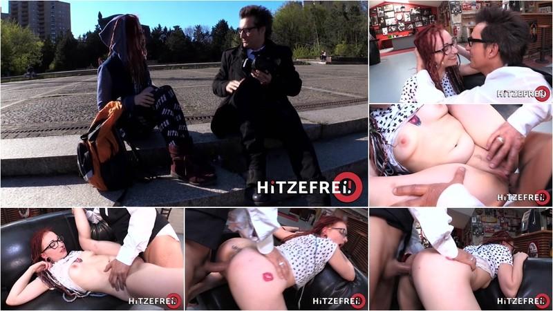 JEZZICAT - JezziCat gets picked up on the street and fucked at the photo studio [FullHD 1080P]