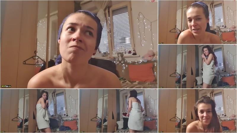 LinaWinter - Voyeurvideo - Frisch geduscht und eingecremt [HD 720P]