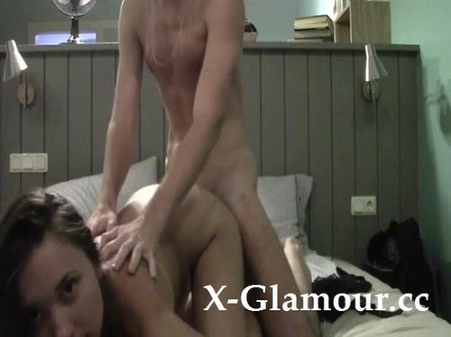 Amateurs - Hot Slut Gets A Rough Pussy Pounding And A Creampie (SD)