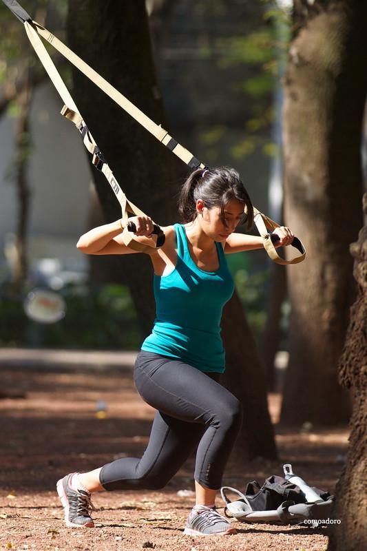 latina athlete girl in kinky nike yogapants