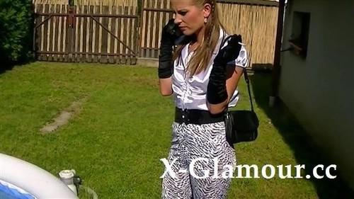 Amateurs - Blowjob In A Blouse (HD)
