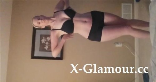 Blonde Girl With Nice Curves Giving A Striptease [HD]