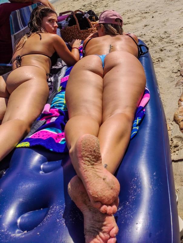 hot milfs beach voyeur photos