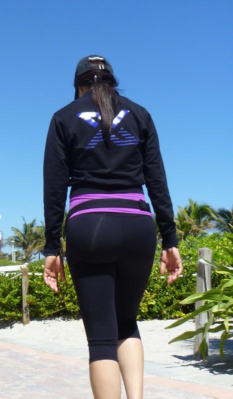 jogger chick in capri leggings