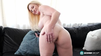 PornMegaLoad Marilyn Masters At home with Marilyn Masters XXX 1080p MP4-Narcos[]