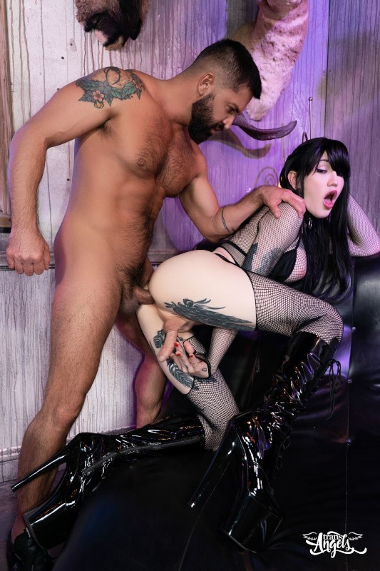 Lena Moon Hot Goth Gone Nut (30 October 2020)
