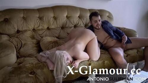 Lovita Fate - The Cam Girl Got Fucked Hard In The Ass (2020/HD)
