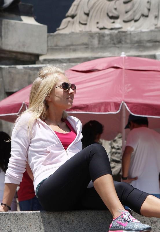 pretty blonde teen in yogapants