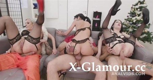 Fuck, This Aint Normal Christmas 1 Wet, Mad House, Balls Deep Anal, Dap, Gapes, Pee Drink, Buttrose And Creampie Gio1671 [HD]