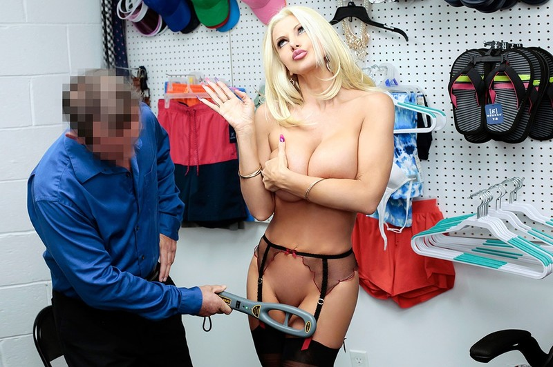 ShoplyfterMylf - Brittany Andrews - Case No.6615357 - I Must Search You Further [HD 720p]