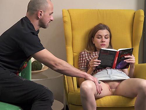 Lana Broks - Fucking a cute teeny reader