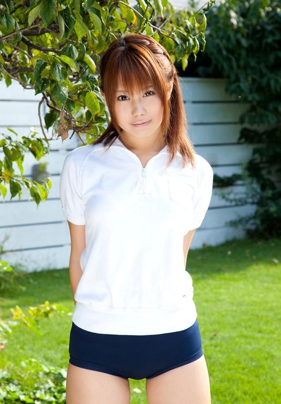 japan model Arisa Seto in buruma uniform