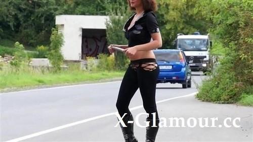 """Amateurs in """"The Kinkiest Cop"""" [HD]"""