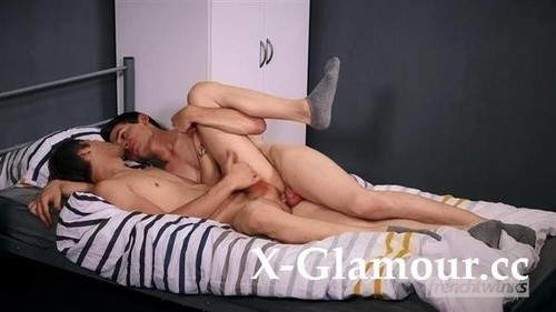 Amateurs - Roommate In Love (FullHD)