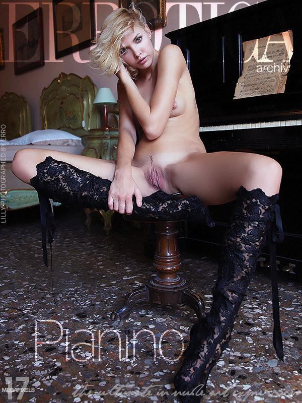 Lilly - pianino (x99)
