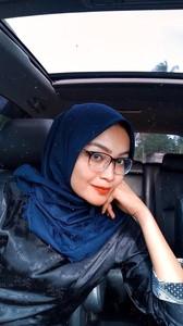 Tante Hijab Suka Sange