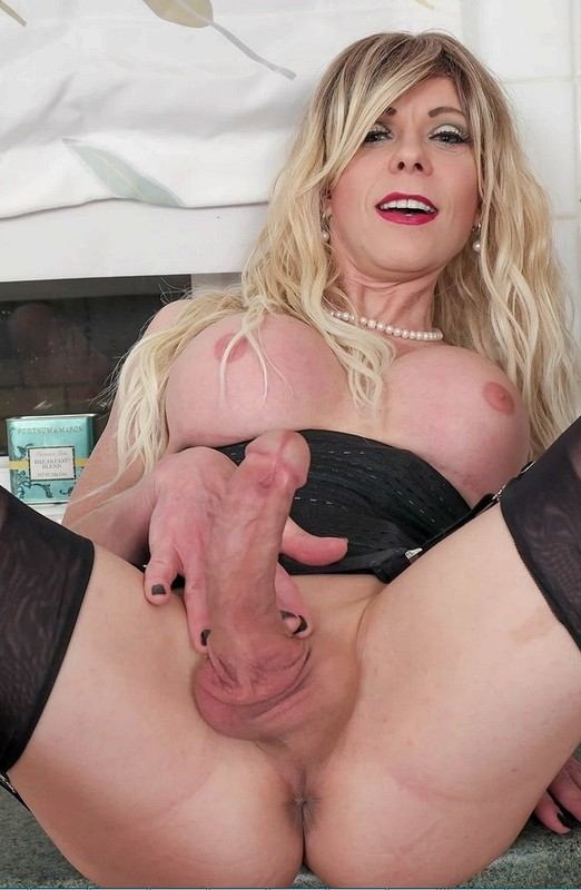 Joanna Jet – Me and You 442 – MILF In Nylons (15 January 2021)