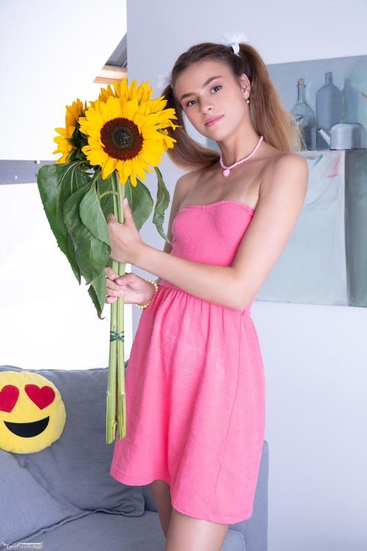 Lisa - Super Cutie (16-10-2020)