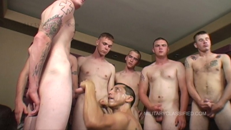 MilitaryClassified - Bukakke-6Man Blowjob Group (Jan 18)