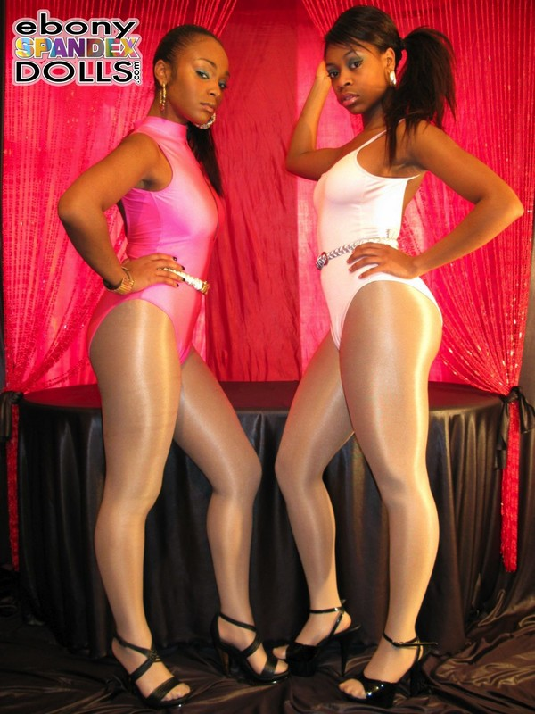 ebony lesbian girls in pantyhose & leotards