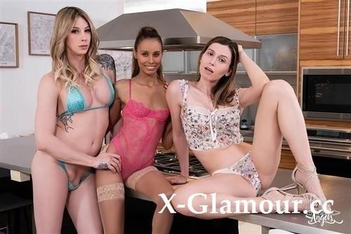 Korra Del Rio, Casey Kisses, Kylie Le Beau - Greedy Girls [FullHD/1080p]